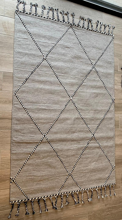 שטיח מוניק