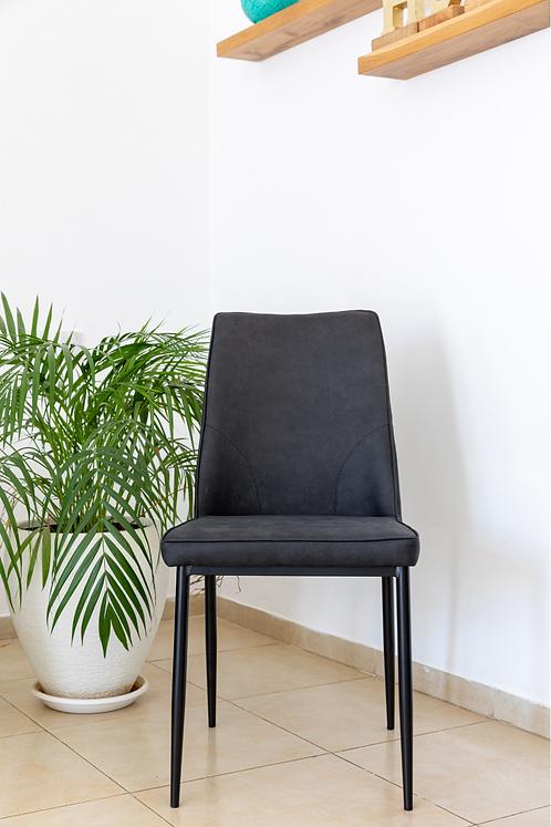 כסא שחר שחור