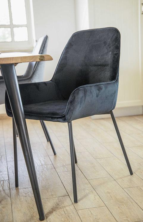 כסא שוהם שחור