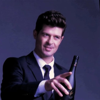 Behind the Scenes with The Talented Robin Thicke For Rémy Martin 30 sec