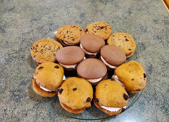 Whoopie Pie Variety Pack (4 Pumpkin, 4 Chocolate, 4 Cookie)