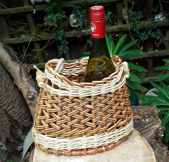 Small shoulder basket