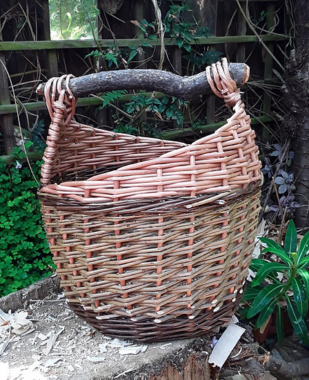 Medium asymmetric basket