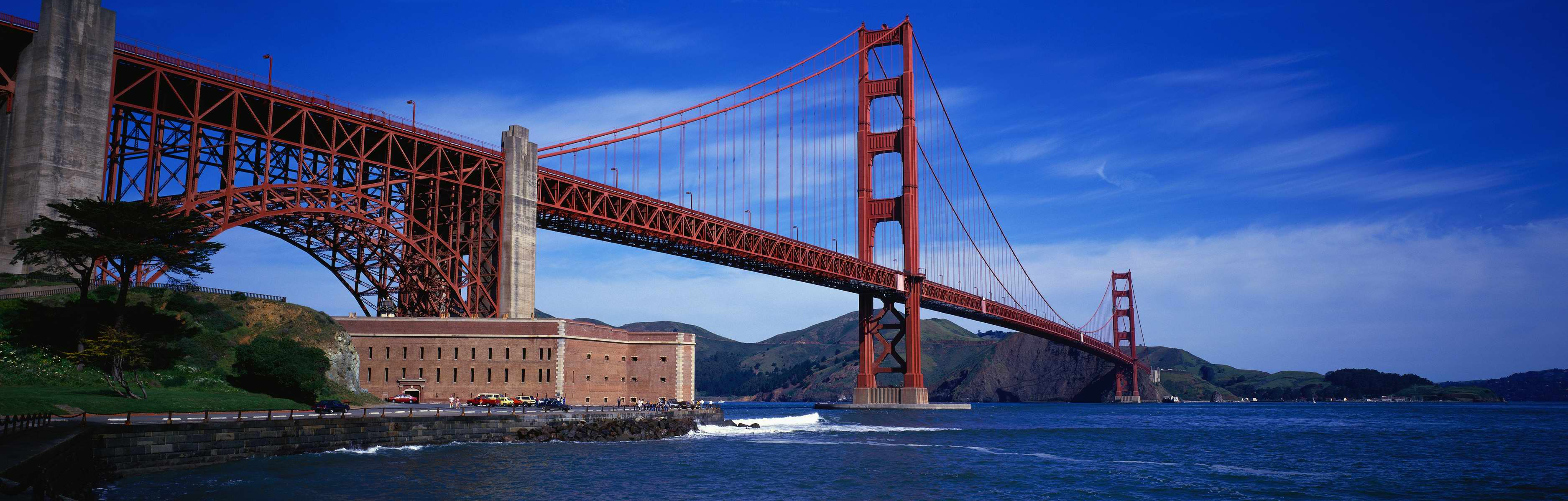 golden gate panorama.jpg
