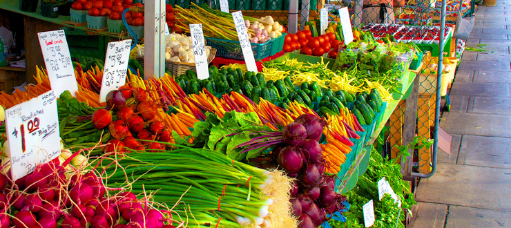 farmers-market-freezing-vegetables-summer.jpg