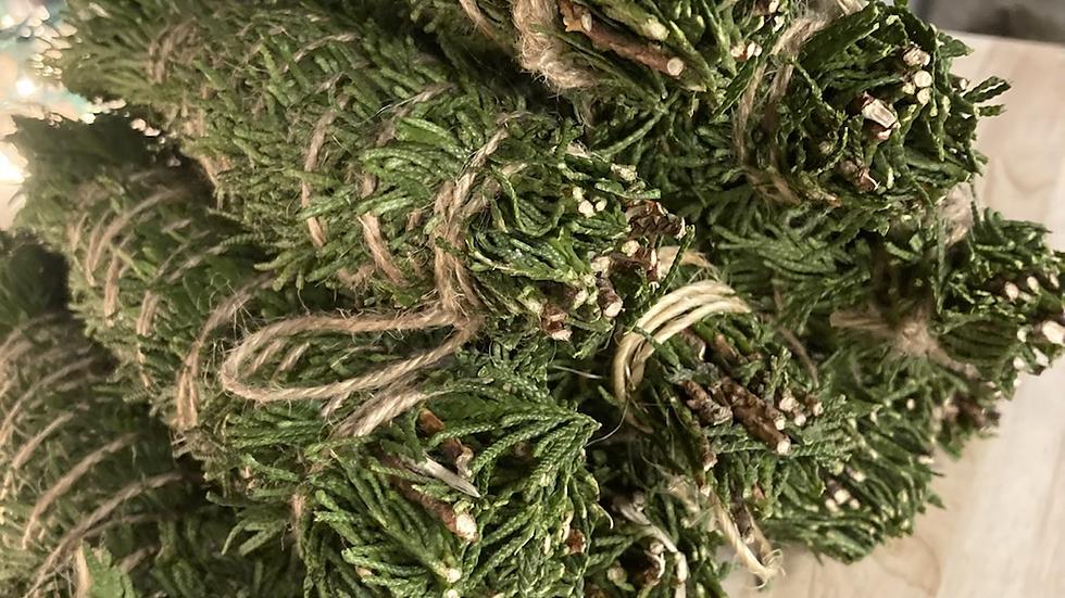 Western red cedar smudge