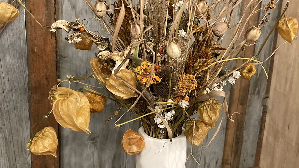 Dried florals geometric vase