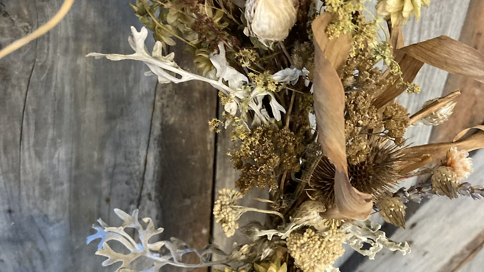 Everlasting joy dried wreath