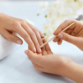 Nail-Parlour-Mango-Manicure.jpg