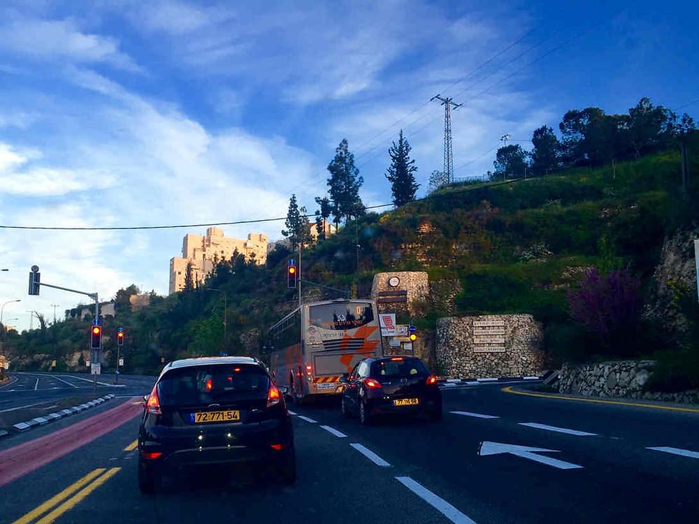 Rarissime! La route vers Jérusalem sans embouteillage
