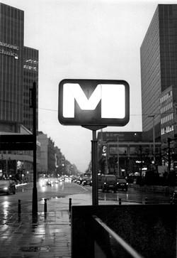 Enseigne Metro