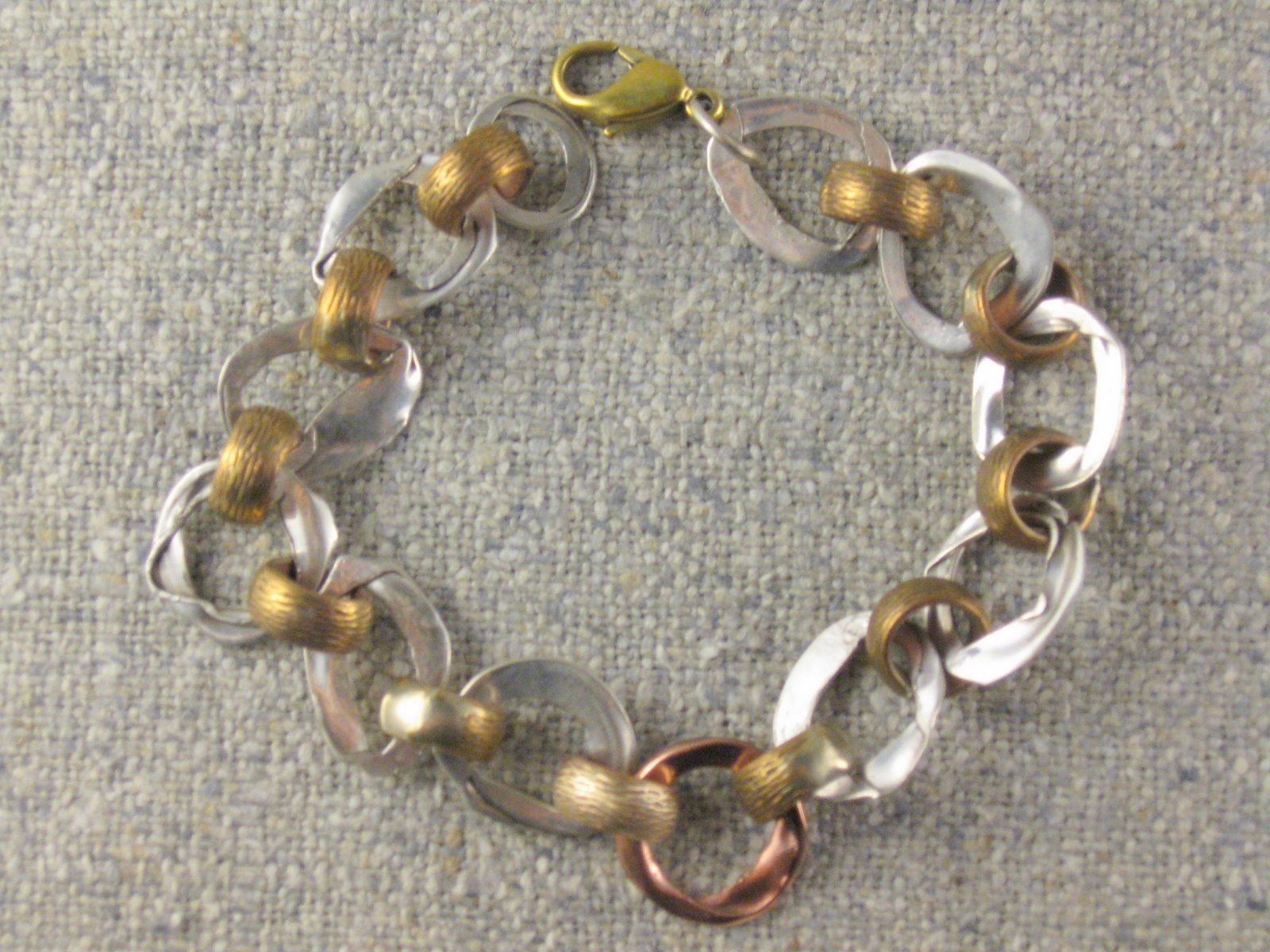 Hammered circles bracelet.JPG