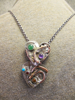 Overlapping Hearts necklace.JPG