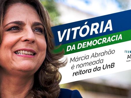 Vitória da democracia: Márcia Abrahão é nomeada reitora da UnB