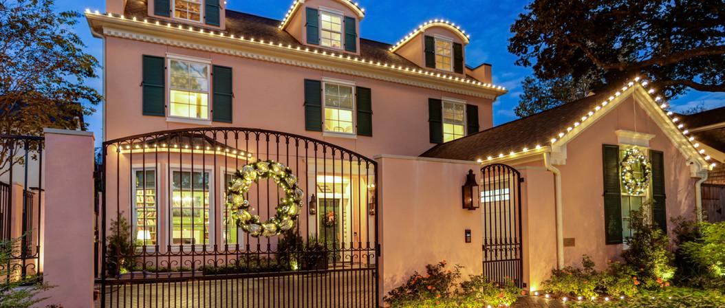 River Oaks Residence