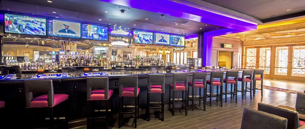 Harrah's Casino Bar