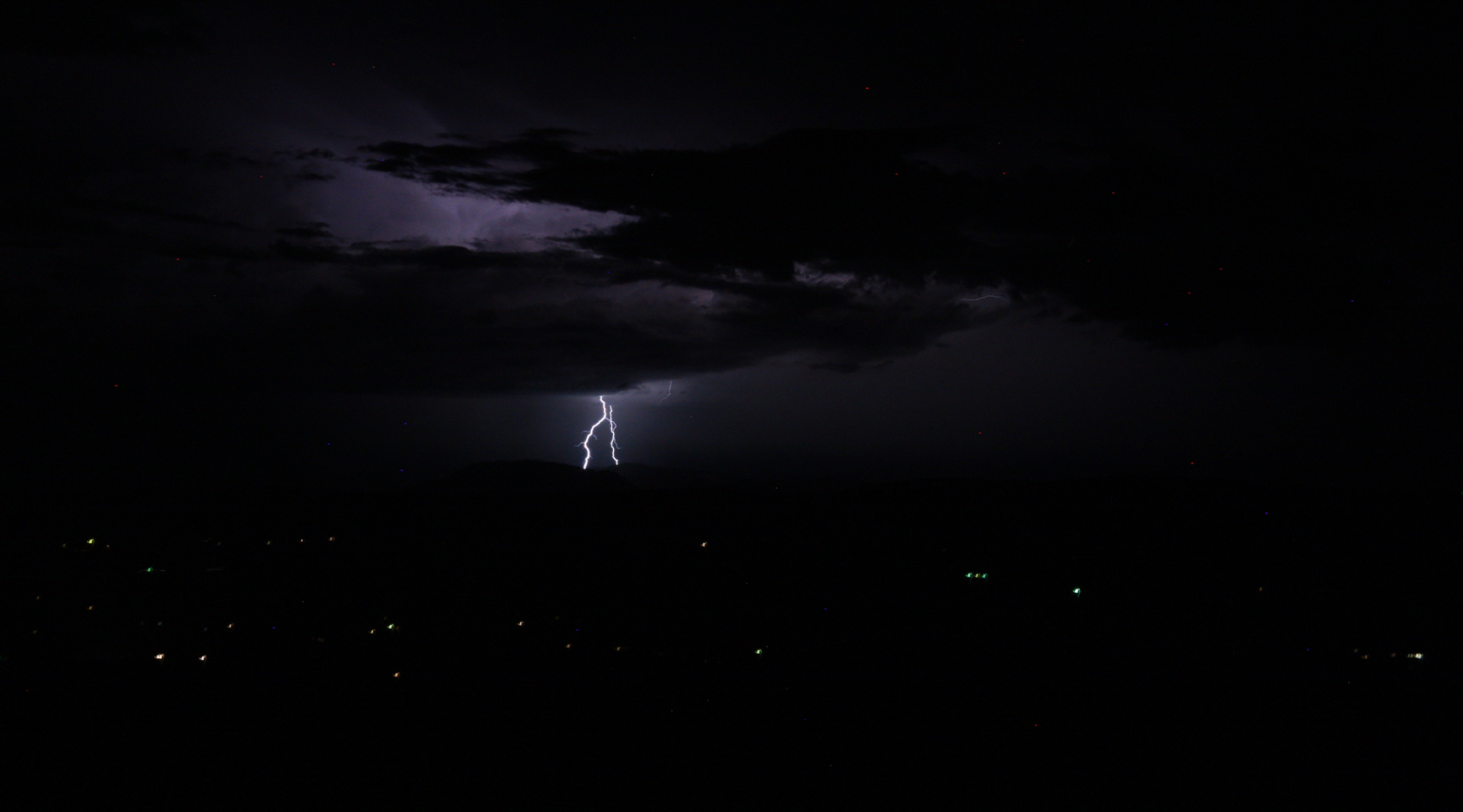 Lightning to the east