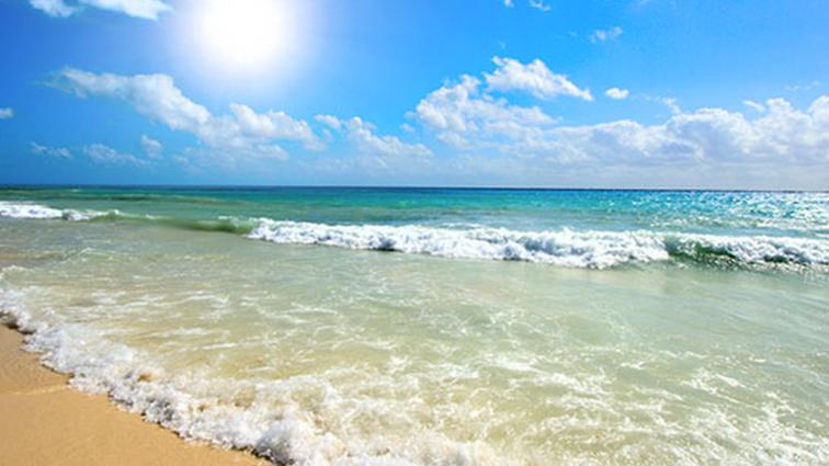 Benefícios do mar e do sol. Férias na praia fazem bem para o corpo e o espírito