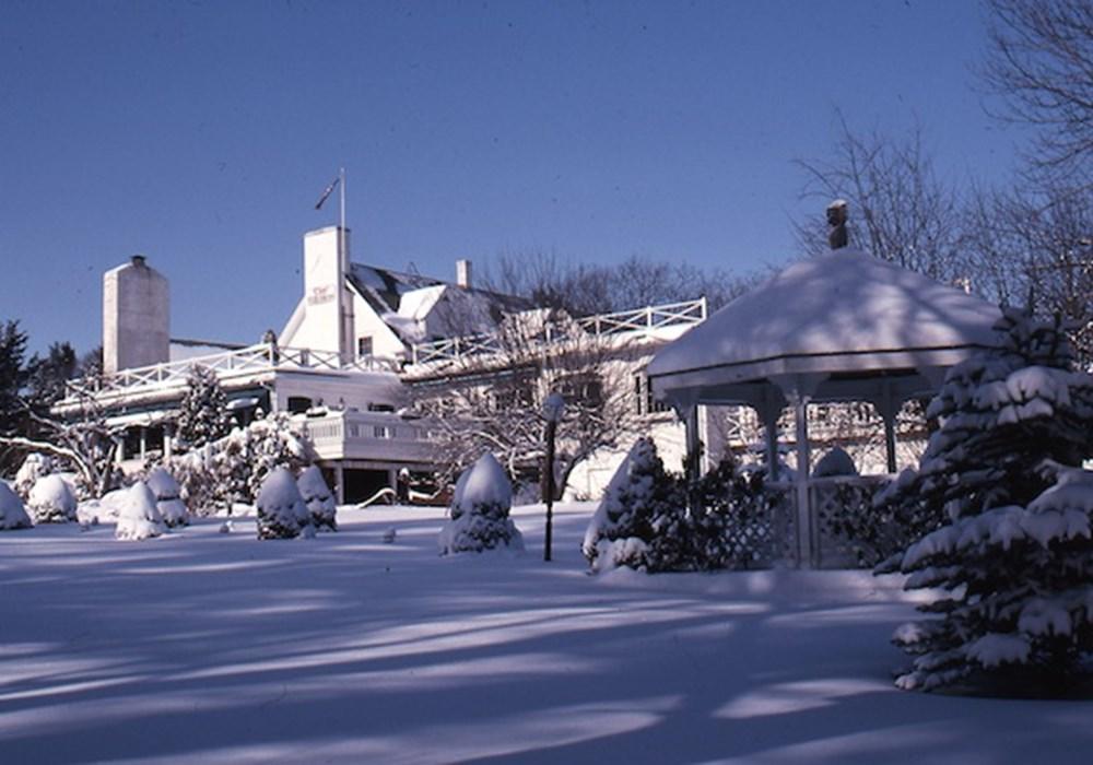 Clay-Hill-Farm-Winter