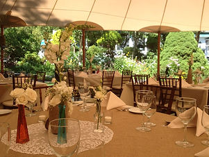 Linen-Table-Settings-in-Tent.jpg