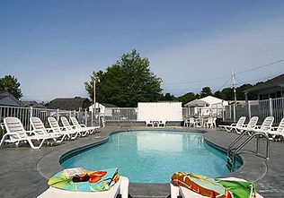 Pool at Carriage House