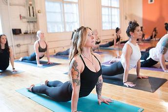 Yoga ES Vitoria Serra.jpg