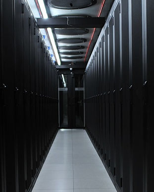 SmartDC-Datacenter-hot-corridor.jpg