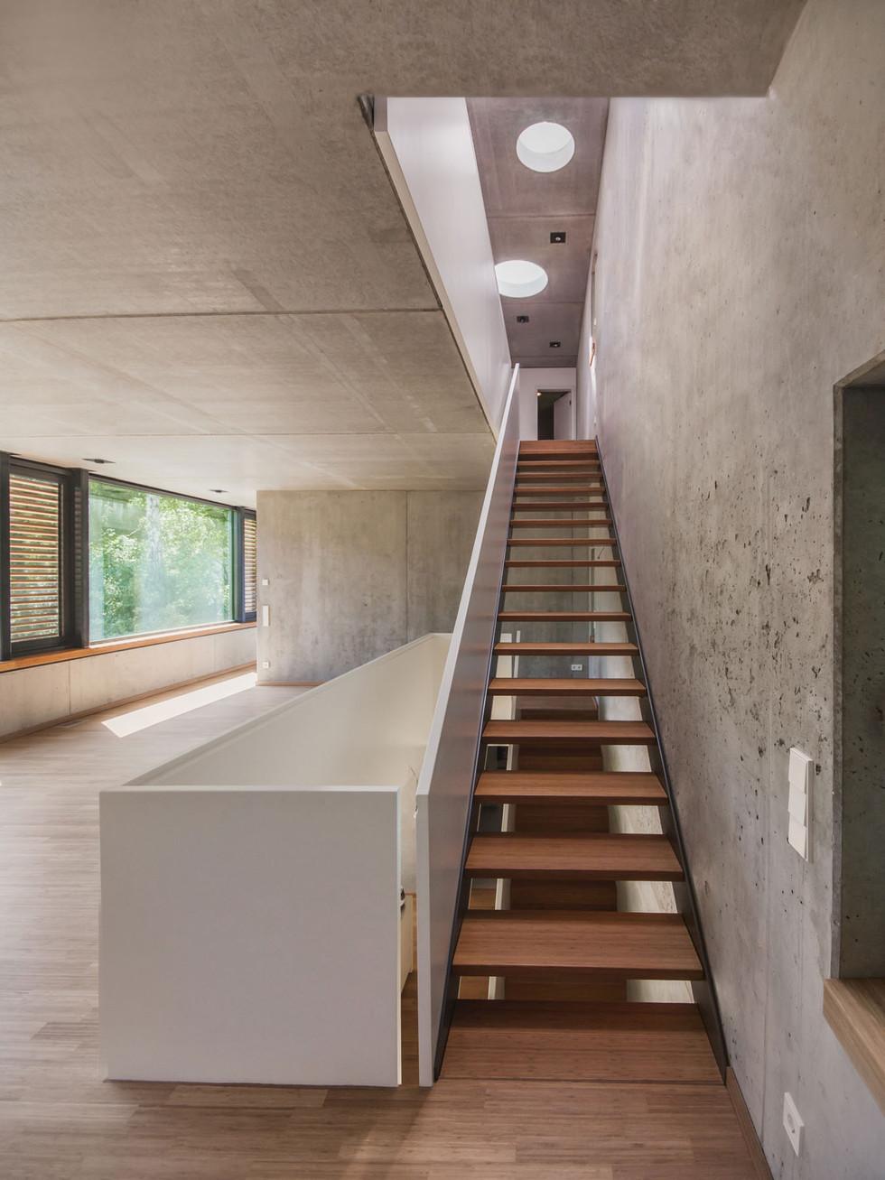 HOUSE M-30.jpg