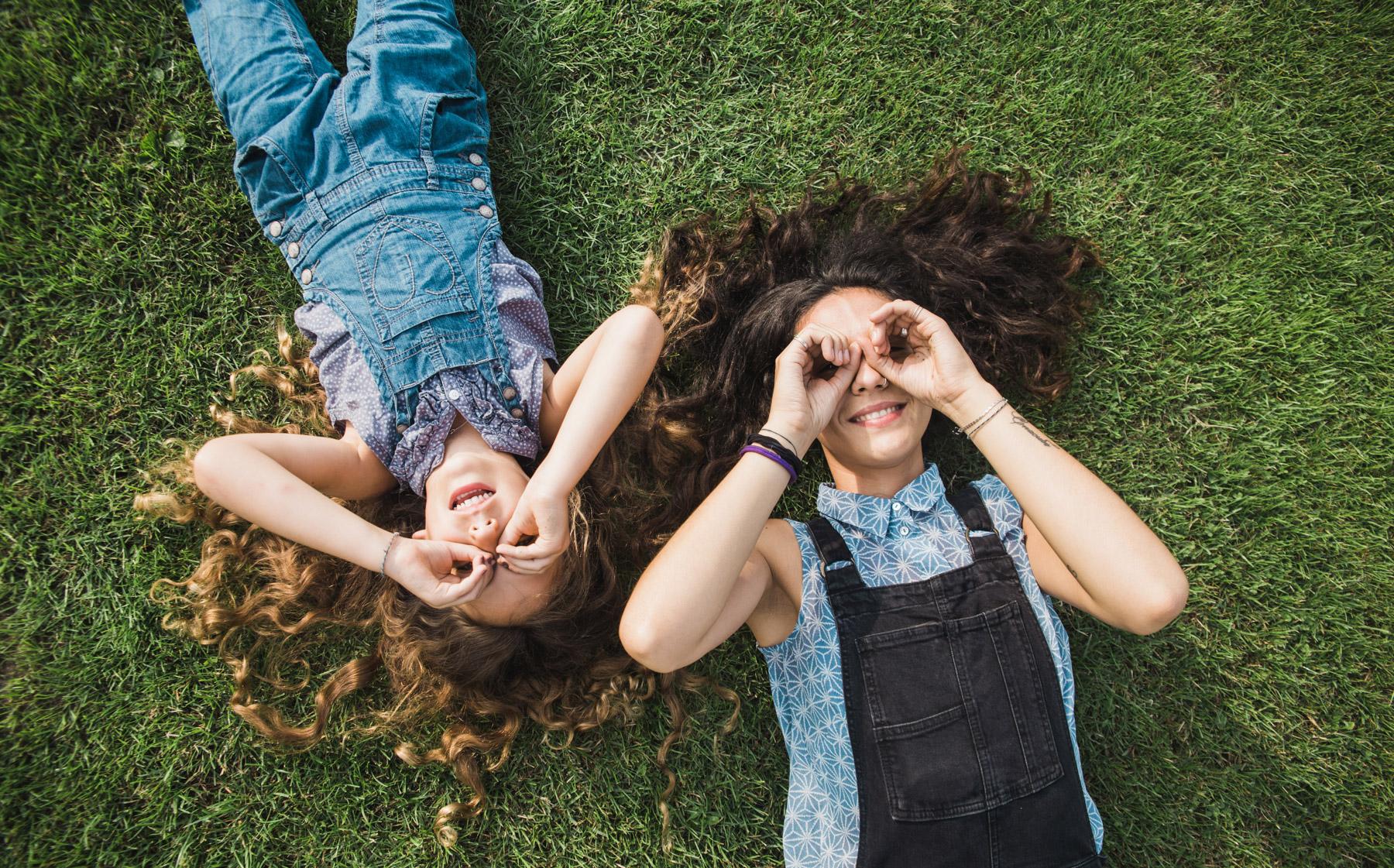 ANNA & ALEXIA