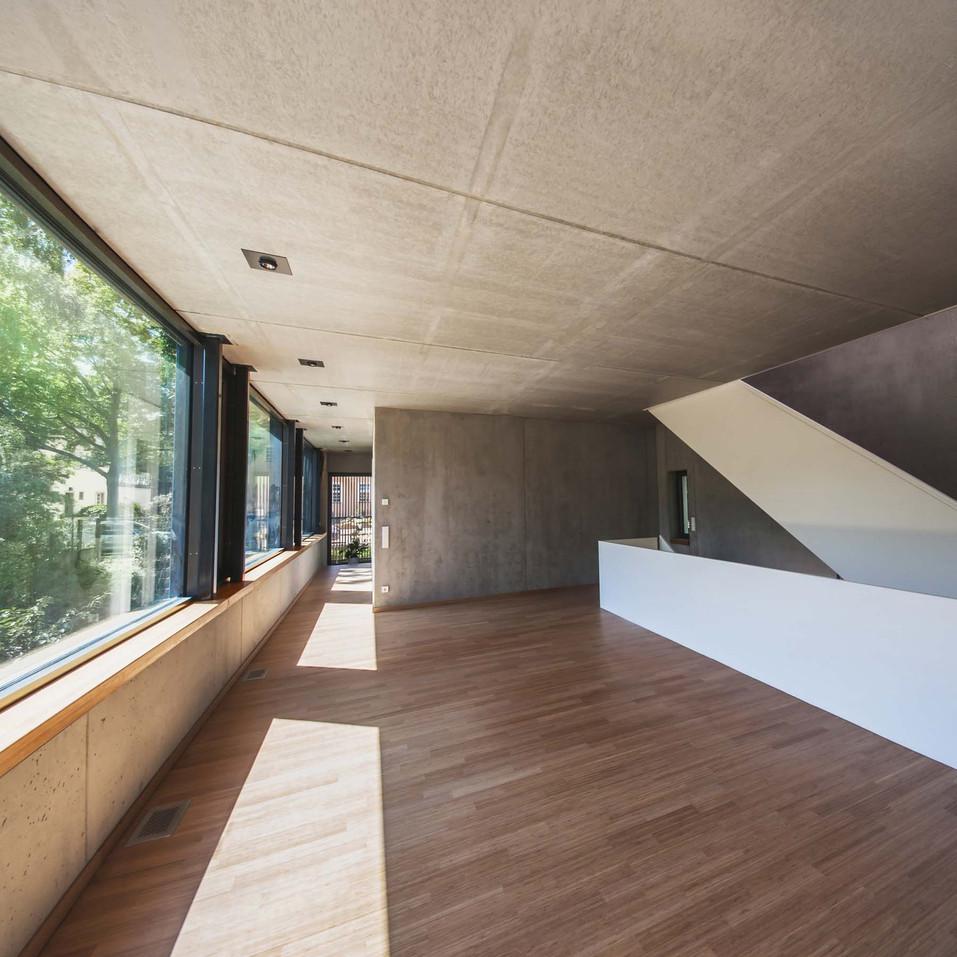 HOUSE M-29.jpg
