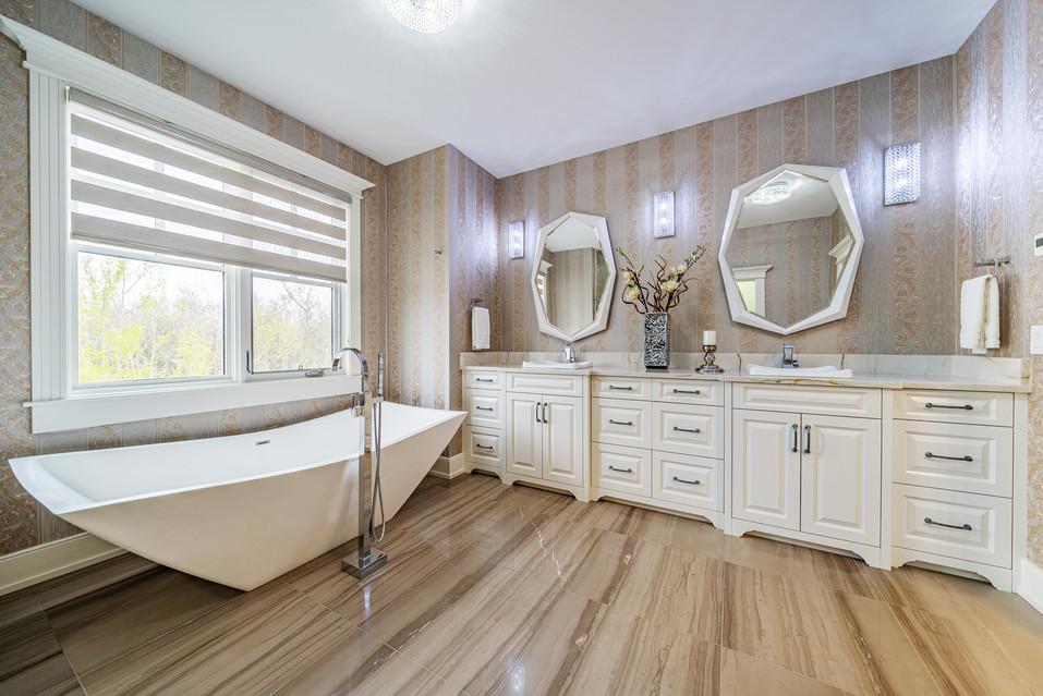 Calgary Real Estate washroom