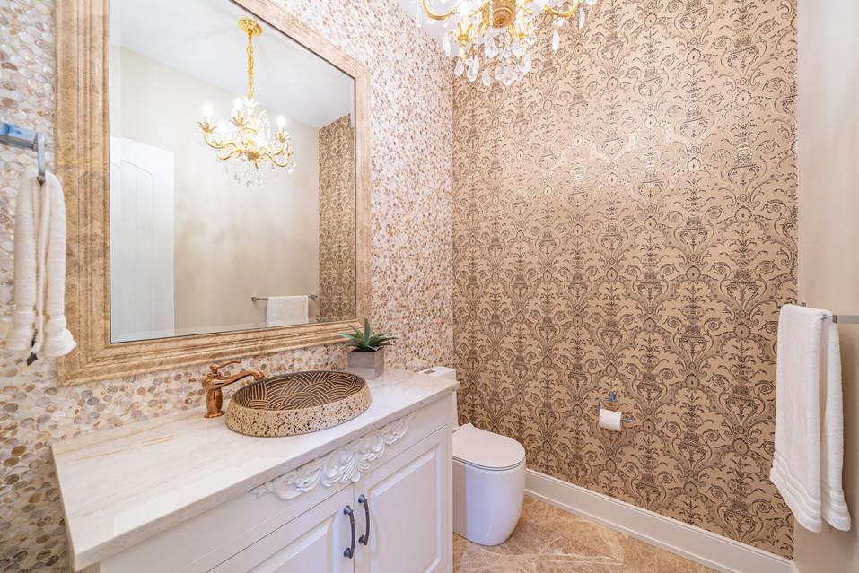 Calgary Real Estate Luxury Bathroom