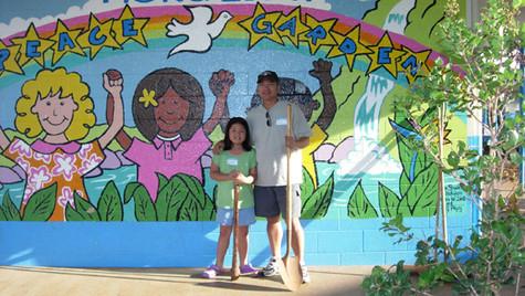 Paul and daughter Mural. WEB.jpg