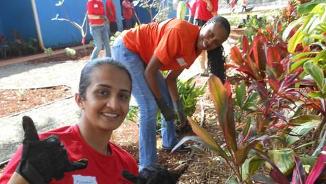 Waianae Army Volunteers in Red 2.jpg