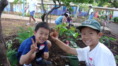 2 boys peace 2006 WEB.jpg