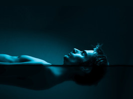 THE SEVEN THEORIES OF FLOATATION THERAPY