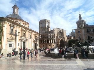 バレンシア聖母広場