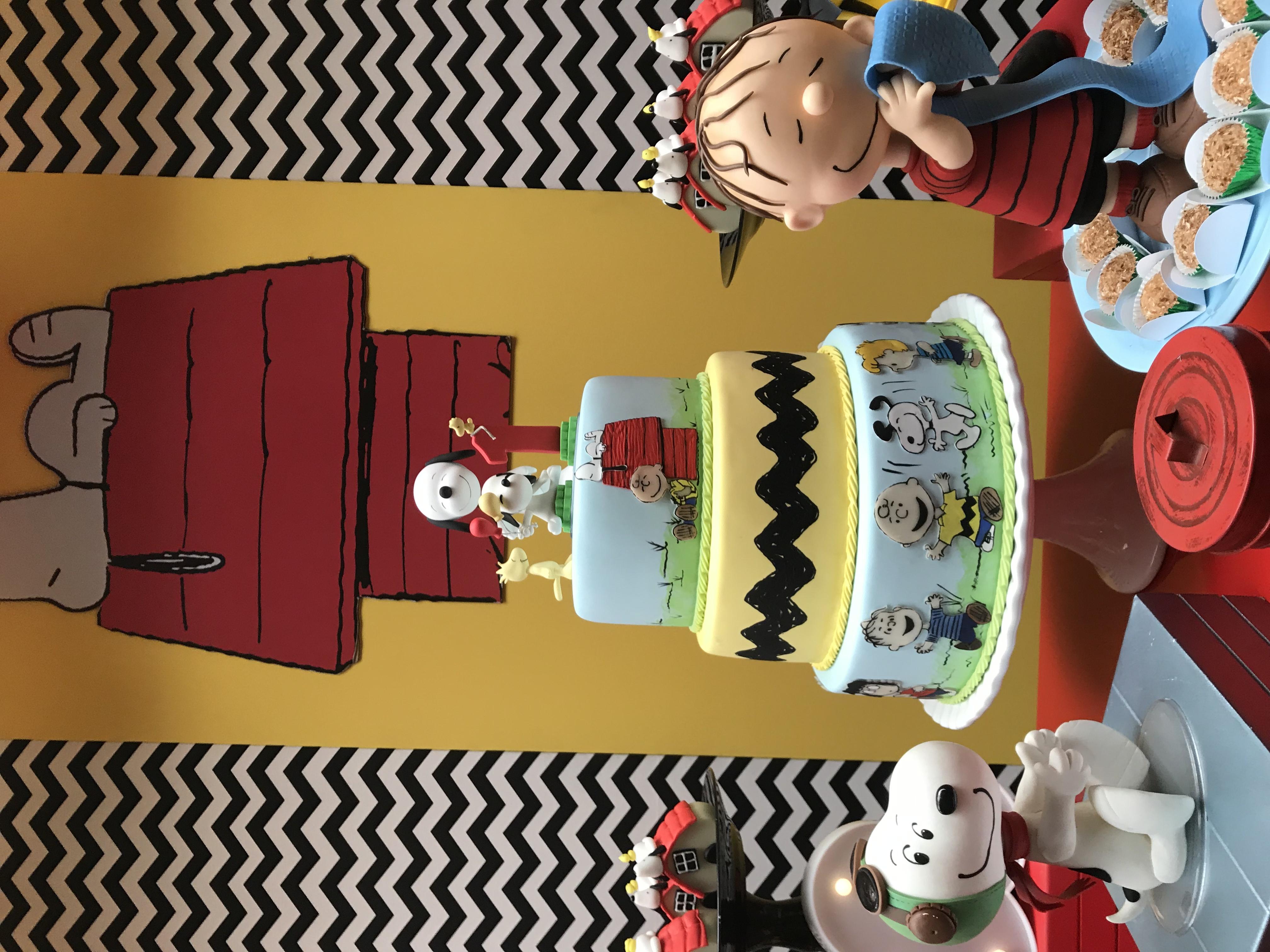 Bolo Cenográfico Snoopy