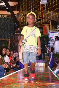 Desfile-Buffet-Infantil-Safhari-Afro-Vogue-03.jpg