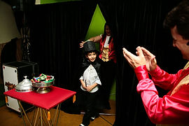 Buffet infantil com Show de Mágica, apresentacoes teatrais, musica ao vivo, entre outros