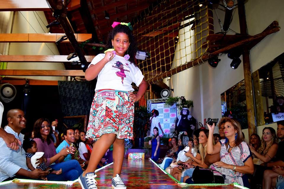 Desfile-Buffet-Infantil-Safhari-Afro-Vogue-32.jpg