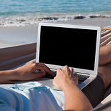 hammock-working-laptop-shutterstock_6552
