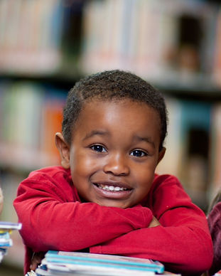 Happy%252520Kids%252520with%252520Books_