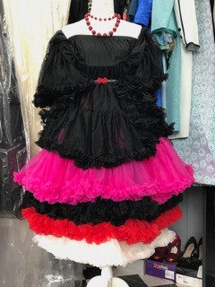 Frou Frou's Forever! NEW Petticoats available in a selection of sizes & colours