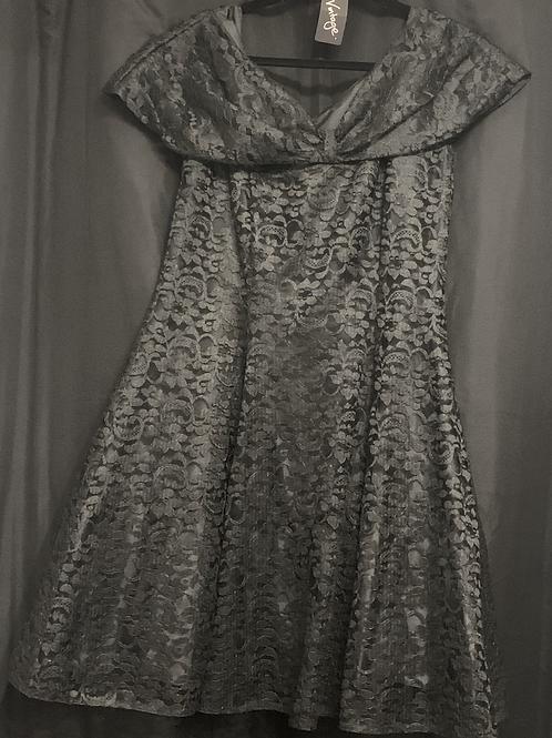Black Lace Cocktail Dress size 18circa 890's