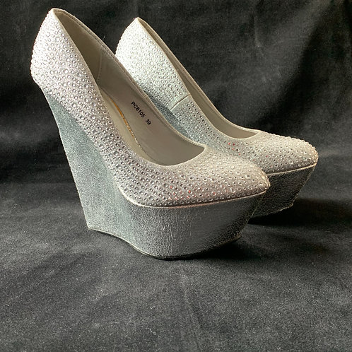 REPRO Belle Woman Mariah Platform Heels