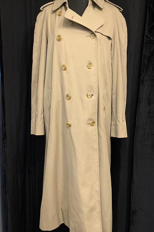 Ladies Burberry Trenchcoat circa 80's