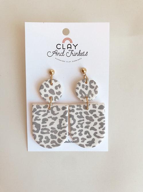 Grey Cheetah Amy