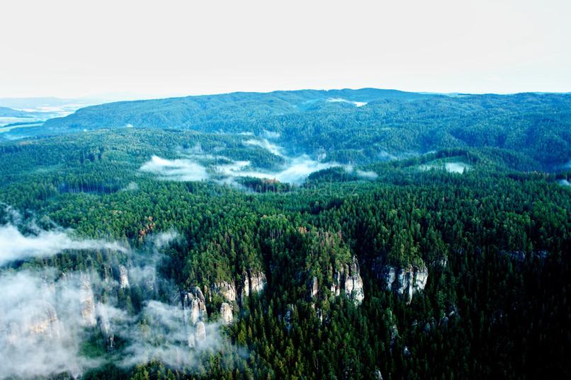 Přízemní mlhy nad Adršpachem