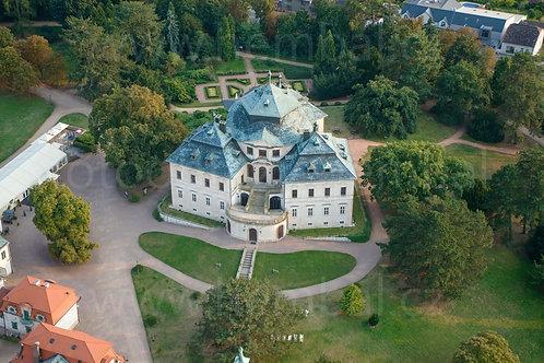 Fotka ke stažení velká - zámek Karlova Koruna